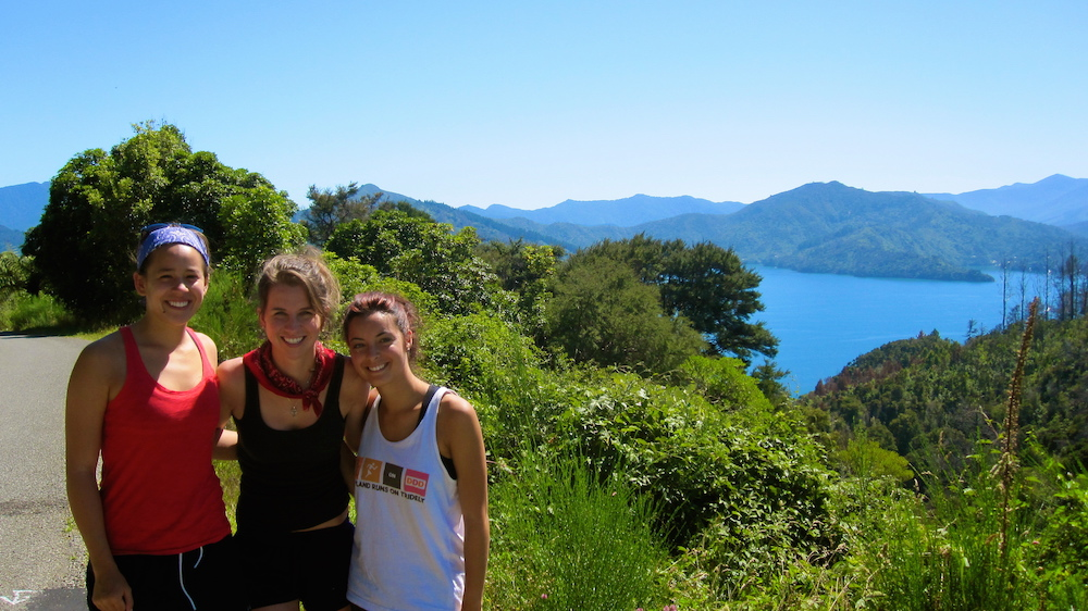 Photo by TEAN Alum Lauren Anderson, Drake University taken on the Abel Tasman Coastal Track.
