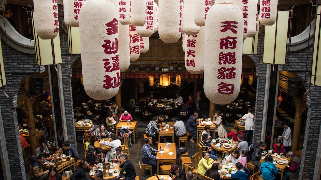 Busy restaurant in Chengdu