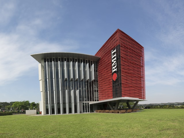 Academic building on the RMIT University Vietnam campus