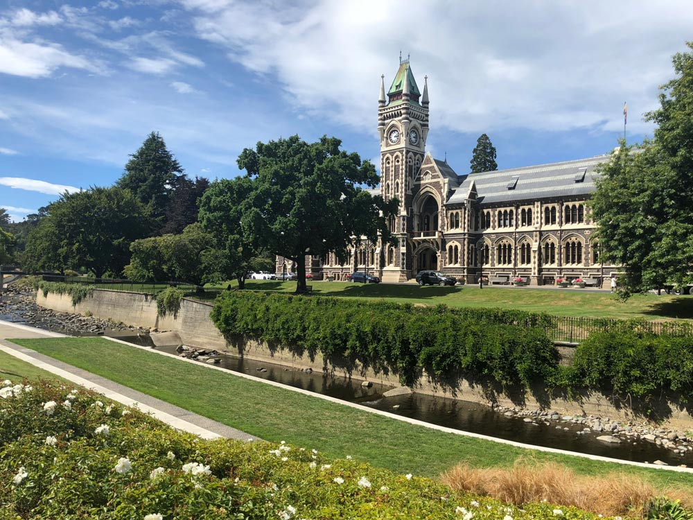 The University of Otago in New Zealand offers study abroad scholarships for TEAN students