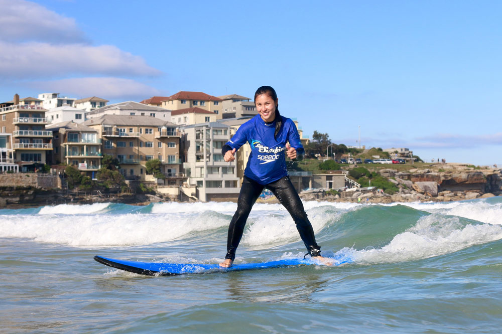 Surfing lessons during Australia summer programs